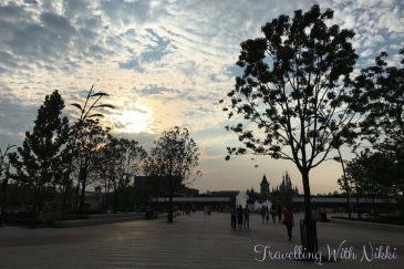 ShanghaiDisneytown33